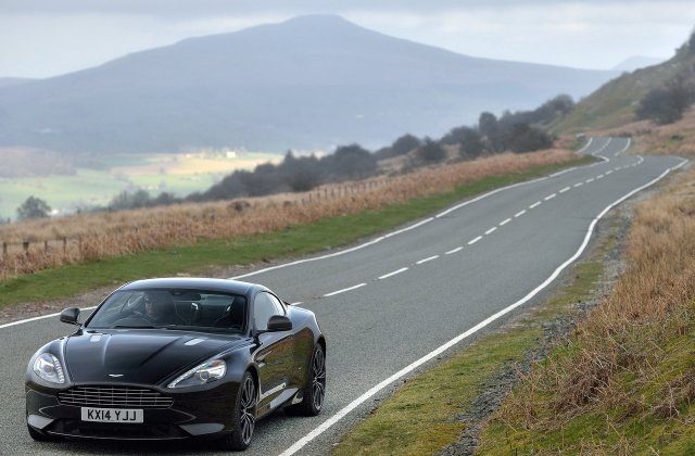 aston martin db9 picture 150669 photo gallery - medium