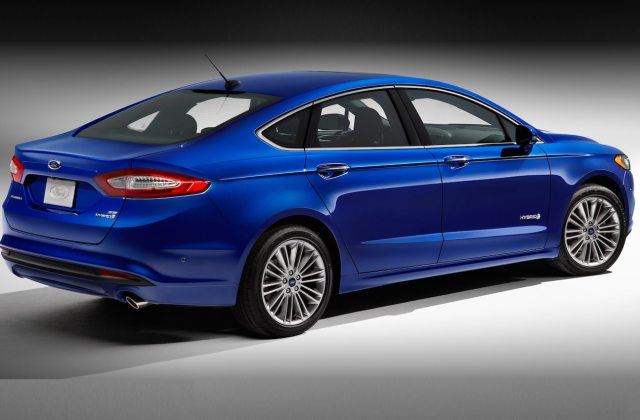 2013 Ford Fusion First Test Motor Trend Photo Of A - Medium