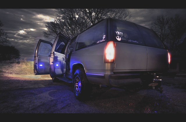 wallpaper suburban gmc leds led headlight pickup chevrolet suv car hd s download - medium