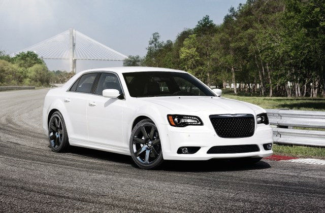 We Miss The Chrysler 300 Srt Let S Review Its Awesomeness - Medium