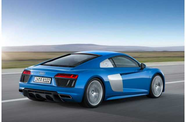 Official Audi R8 E Tron Fitted With 92 Kwh Battery Range - Medium