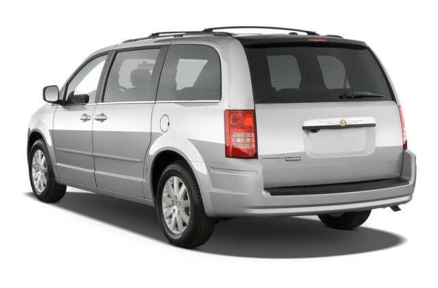 2010 Chrysler Town Country Pictures Photos Gallery The - Medium