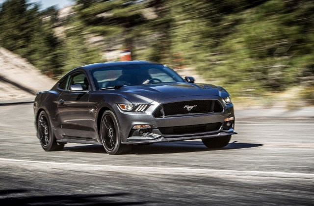 ford mustang gt wallpaper 75 images wallpapers download - medium