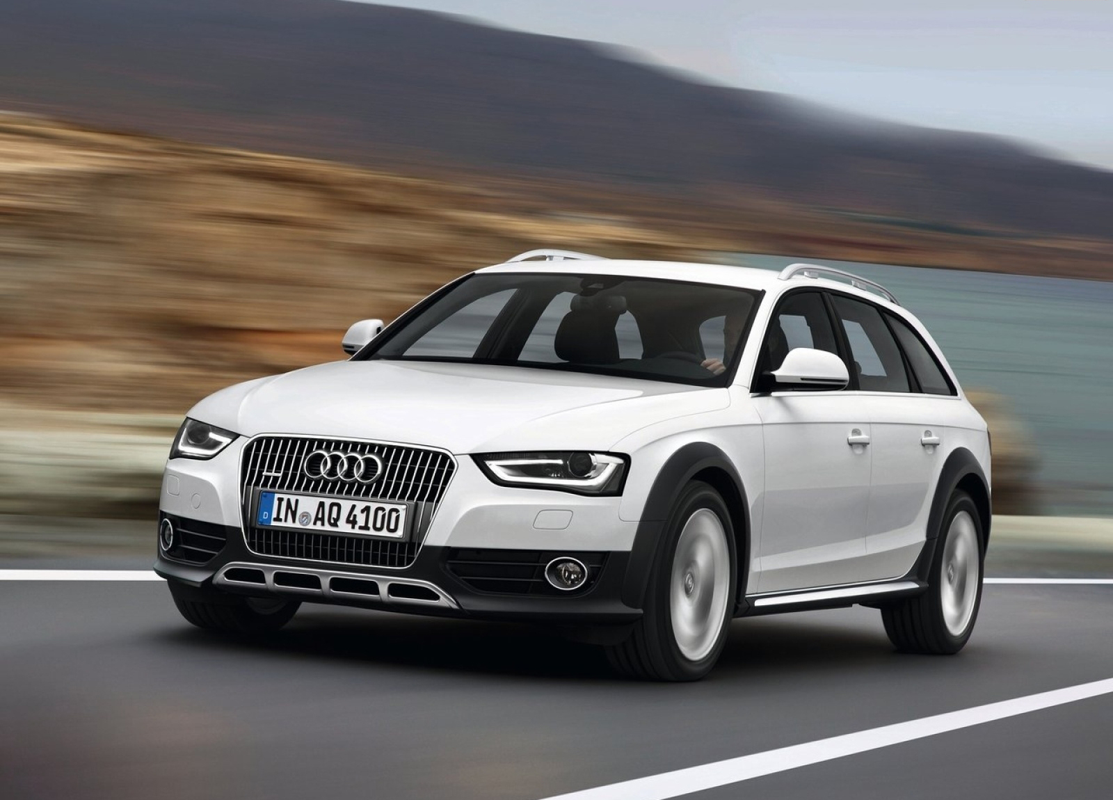 Audi A4 Allroad Hd Wallpapers The World Of Wallpaper - small