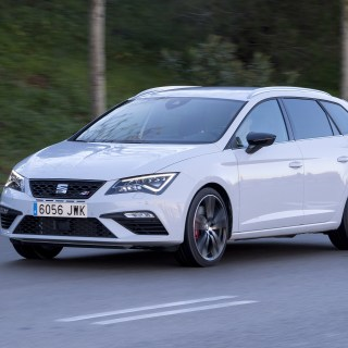seat leon review prices specs and 0 60 time evo