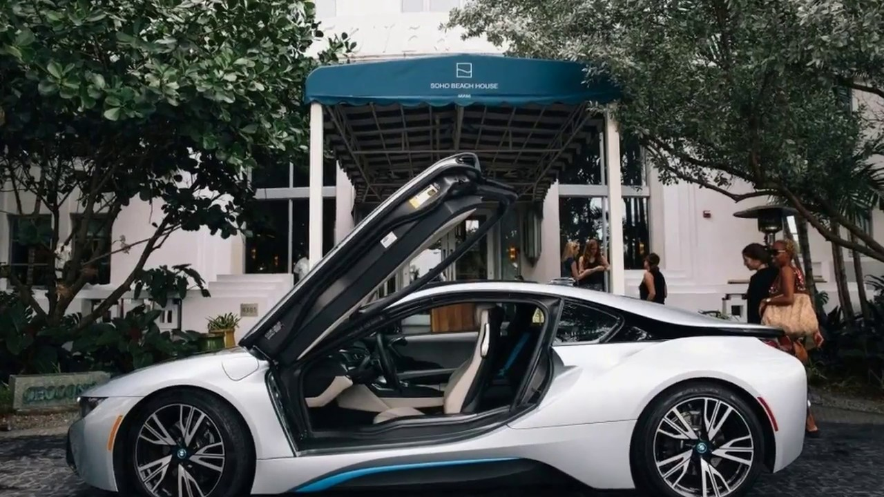 2017 bmw i8 safety features and fuel economy review