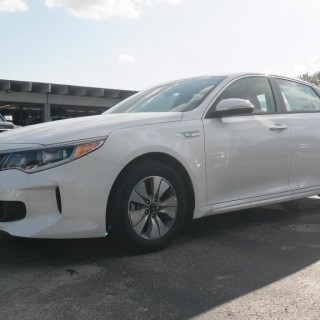 certified pre owned 2018 kia optima hybrid premium fwd 4d sedan