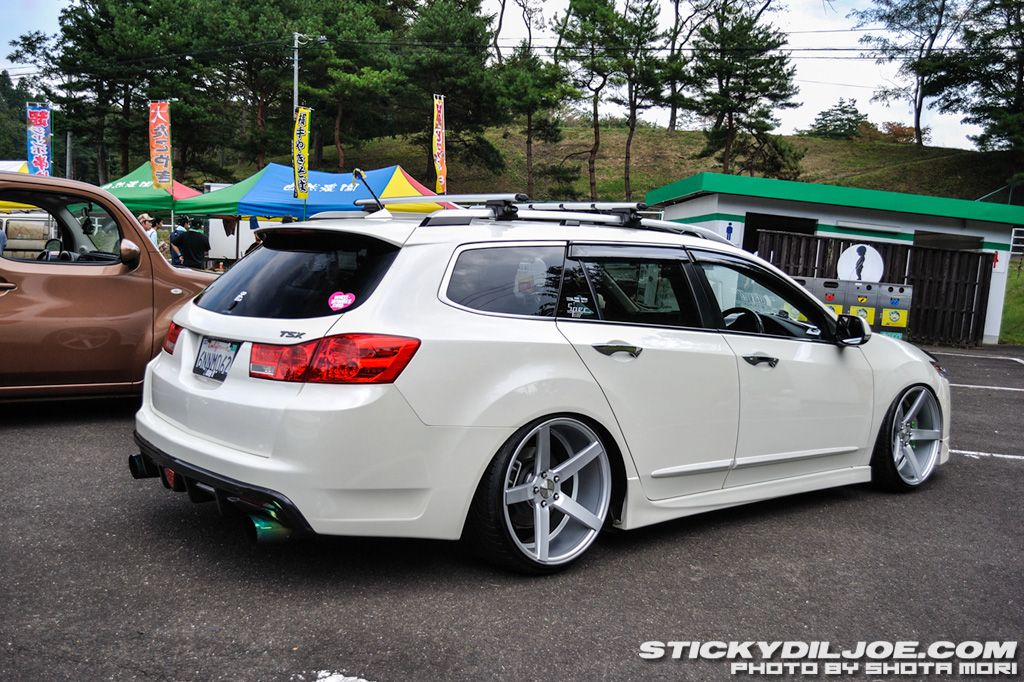 Best Used Station Wagons Under 20 000 Fatherly 2013 Tsx Sport Wagon - small