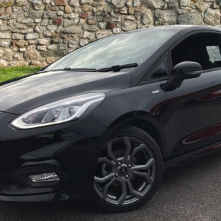 Ford fiesta 1 0 ecoboost 125 st line 3dr hatchback 2018 available from grange specialist cars swindon photo hot magenta - small