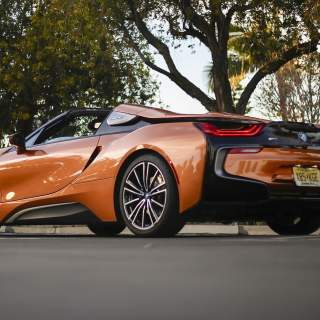 2019 bmw i8 roadster safety features