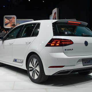 Volkswagen e golf news and reviews insideevs - small