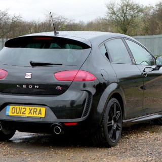seat leon fr 2006 2012 features equipment and