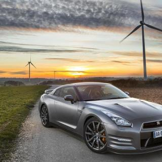 Nissan Gt R Gentleman Edition Introduced In France 2013