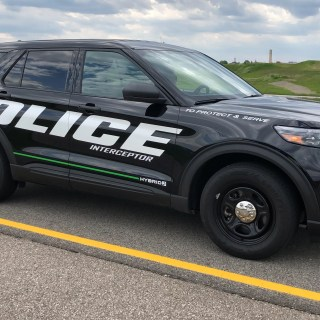 Video First Drive 2020 Ford Explorer Police Interceptor Hybrid Suv Wallpaper - small
