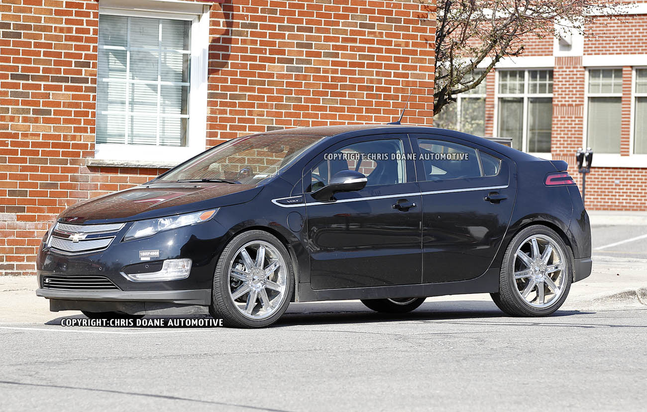2013 Hyundai Elantra Coupe First Look 2012 Chicago Auto Show - small
