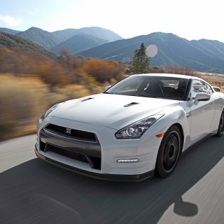 2013 Nissan Gt R Black Edition Long Term Arrival Motor Trend