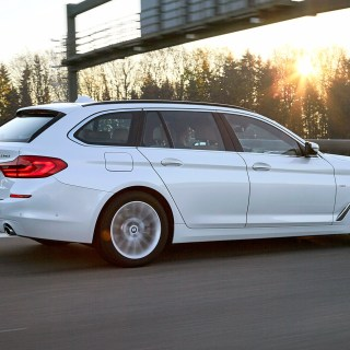 Bmw 5 Series Touring 2017 Review Car Magazine - small