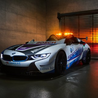 bmw i8 roadster is the new formula e safety car features