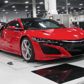 honda tries to race ahead with its new acura nsx hybrid car models