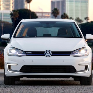 2017 Volkswagen E Golf First Drive Review Automobile - small