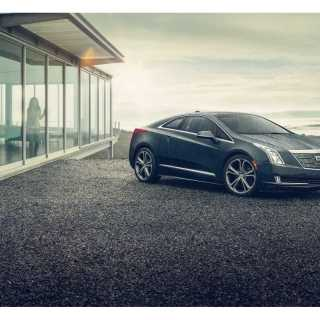 A New Cadillac Electric Halo Car Could Potentially Be In The Elr Commercial - small