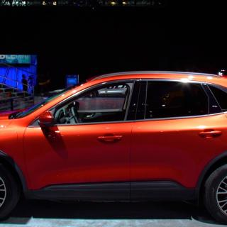 Redesigned 2020 Ford Escape Adds Tech Loses Weight Edge Sync Wallpaper Size - small